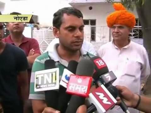 Chandra Mohan Sharma, Aam Aadmi Party, AAP, RTI activist, Bangalore, Nepal, Karnataka, Noida police, Greater Noida