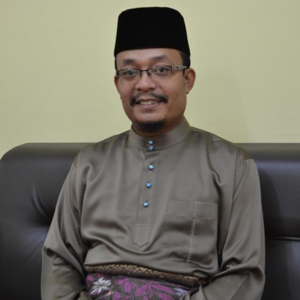 Ustaz Kazim - Menjadi Insan Utama,UiTM 6.6.2012
