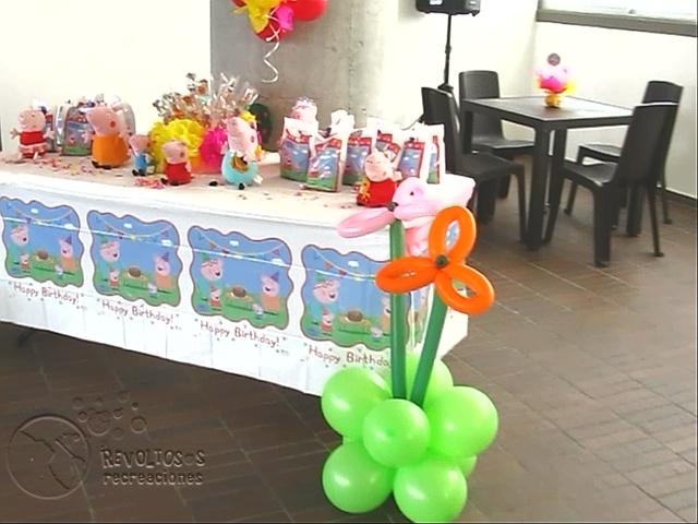 Decoracion fiesta tematica peppa pig fiestas infantiles - Decoracion fiestas tematicas ...