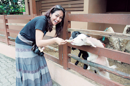Gambar Suzana Shafie Pengacara Radio THR Gegar Pencinta Haiwan