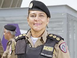 Cel Claudia Araújo Romualdo