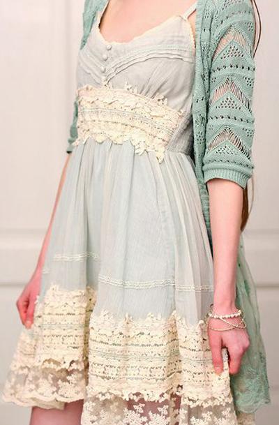 Lace date dress