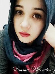 Emma Maembong Pakai Tudung Bertudung Hijab