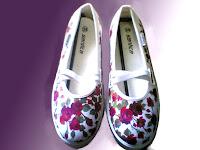 Sepatu Lukis jean 299 Cewek Rp 125 000,sepatu lukis bunga,sepatu lukis