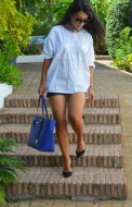 http://shoppingduo.blogspot.com.es/2013/08/camisa-blanca.html