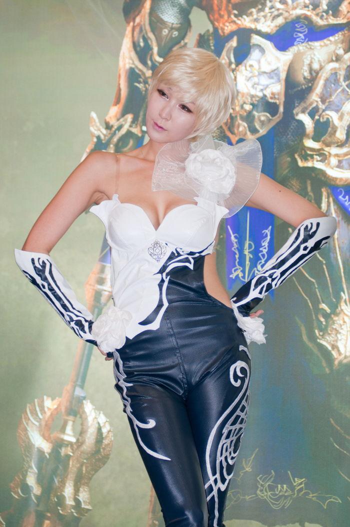 lee si eun sexy gstar 2011 cosplay