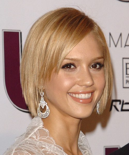 The Astounding Short Blonde Wavy Hairstyles Pics