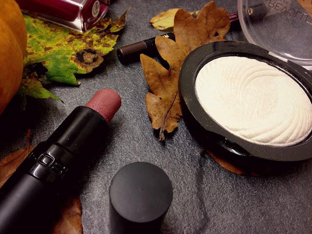 Autumn favourite lipstick & highlighter | AcupofT