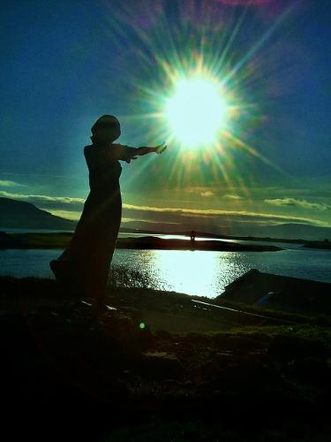 Памятник жене моряка! C360_2011-11-0614-27-01+%2528375x500%2529