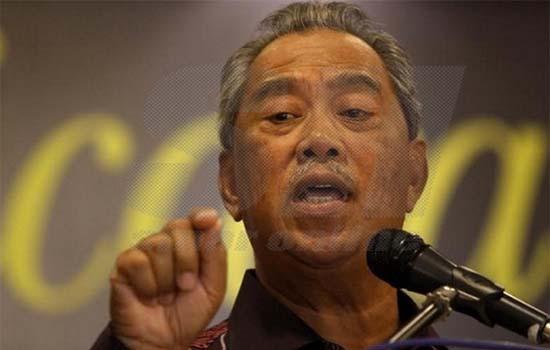 Pesanan Muhyiddin Untuk Ahli UMNO yang Pengecut