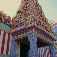 Little India Adalah Salah Satu Kawasan Wisata Di Singapore Yang Identik Dengan