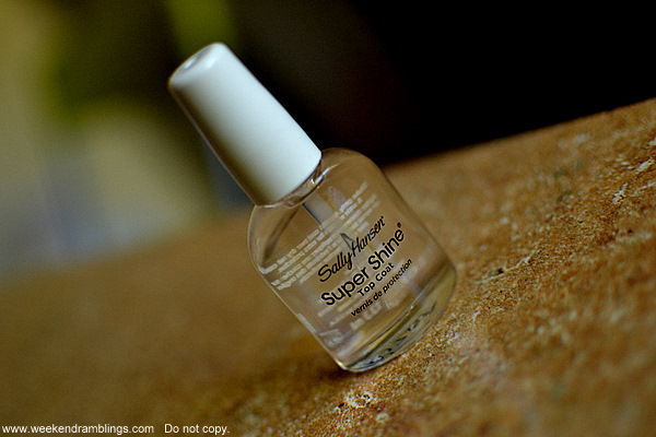 cleaner neater manicures how to apply nail polish without mess free makeup beauty blog application techniques