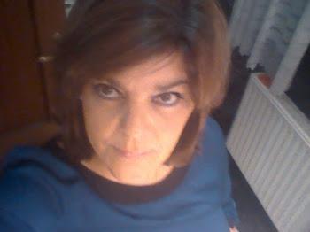 HOLA!!! me llamo Ana...he creado este blog para dar a conocer mis trabajos.