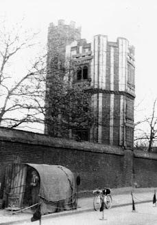 Boleyn Castle Tower Green Street.