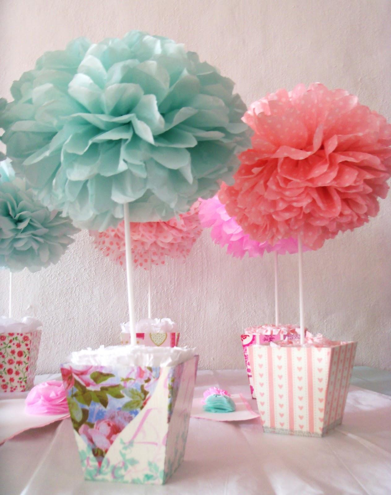 Objetos deco lalala pompas de papel seda centros de mesa - Centros de mesa de papel ...