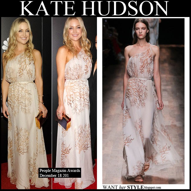Kate Hudson in one shoulder cream branch print Valentino gown with gold Lee Savage clutch want her style