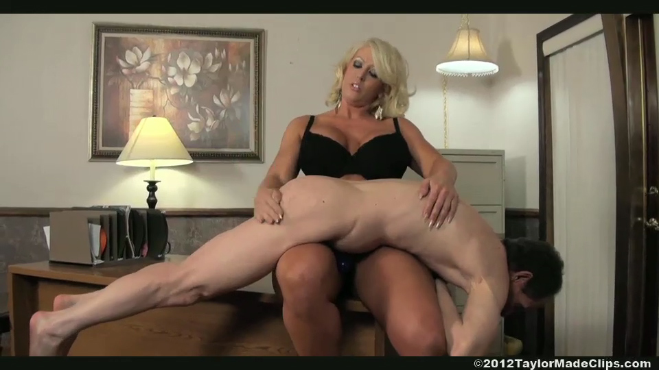 Alura Jenson Lift And Carry Videos and