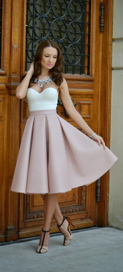 Pink Blossom Mini Skirt with White Top and Chic Heels | Spring Outfits