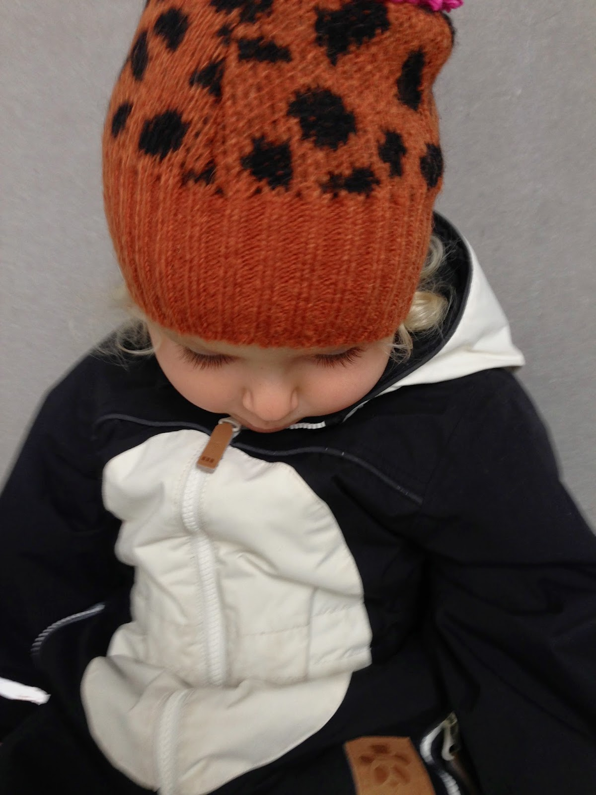 Bobo Choses, knit hat, mohair, 6-7 years, 6-7 år, small sizing, liten storlek, ylle mössa, tofs mössa