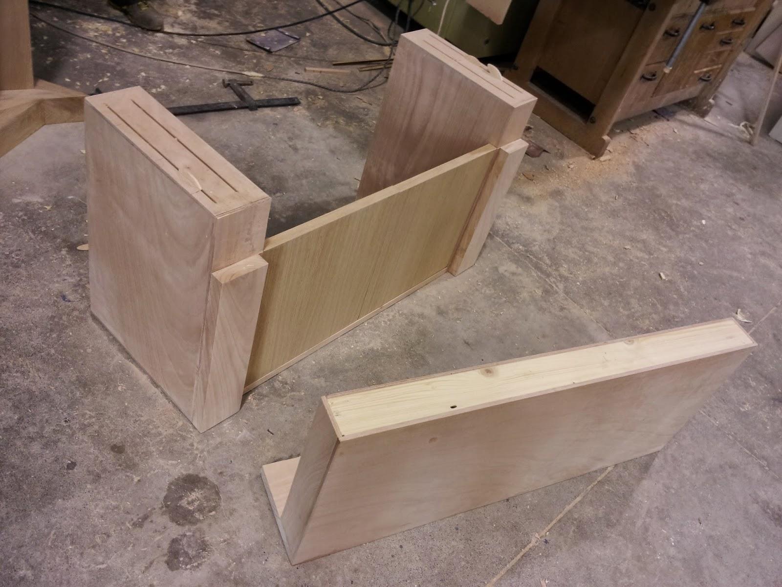mobile per lavabo da appoggio in legno