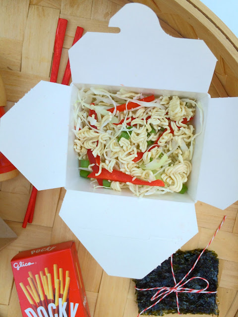 Ramen Lunch Box Salad Recipe www.jacolynmurphy.com