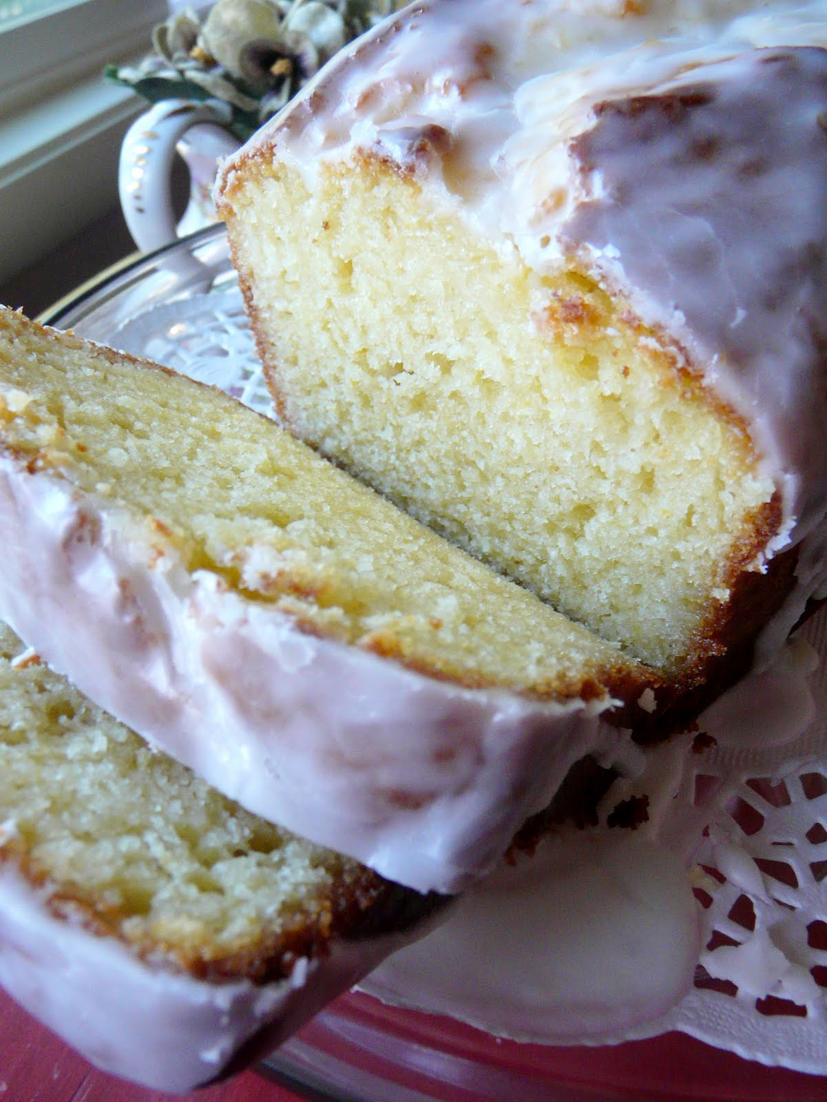 ... by Rook No. 17*: Baking with Olive Oil -- Luscious Lemon Yogurt Cake