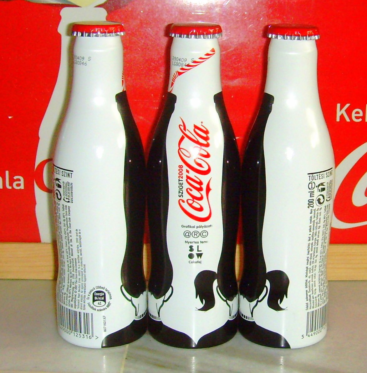 aluminum bottle collector club coca cola sziget aluminum bottle hungary 2008. Black Bedroom Furniture Sets. Home Design Ideas