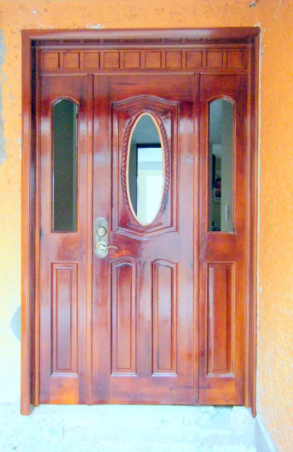 Puntos basicos carpinteria puerta de acceso principal for Puertas de acceso principal