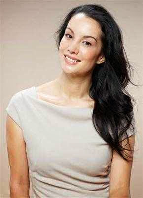 Nadya Hutagalung picture