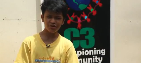 Pinoy Kid, Kesz Valdez bags International Children's Peace Prize 2012