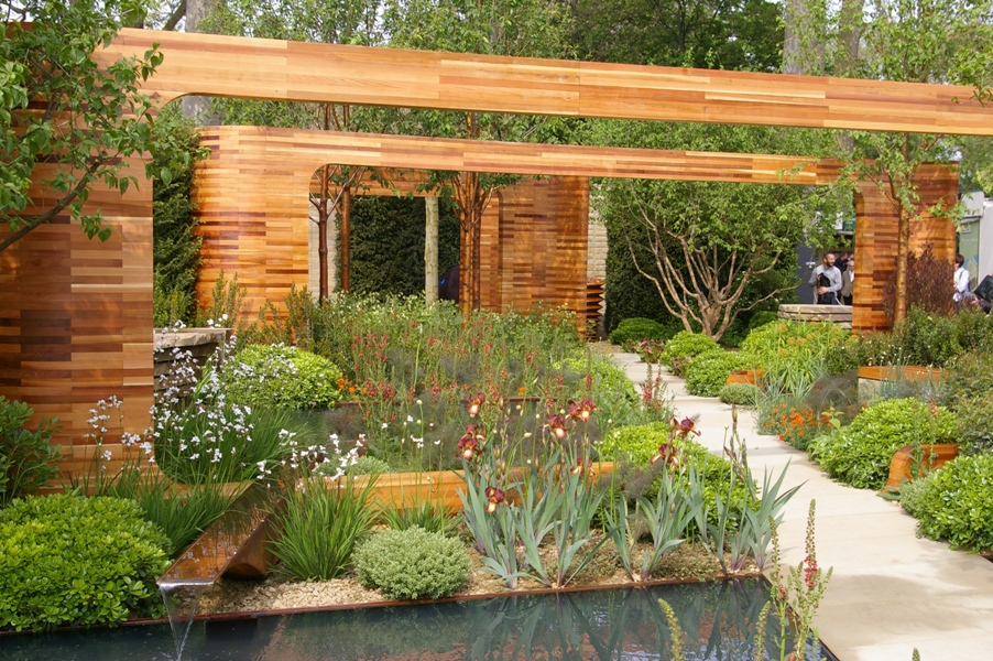 John Grimshaws Garden Diary: July 2011