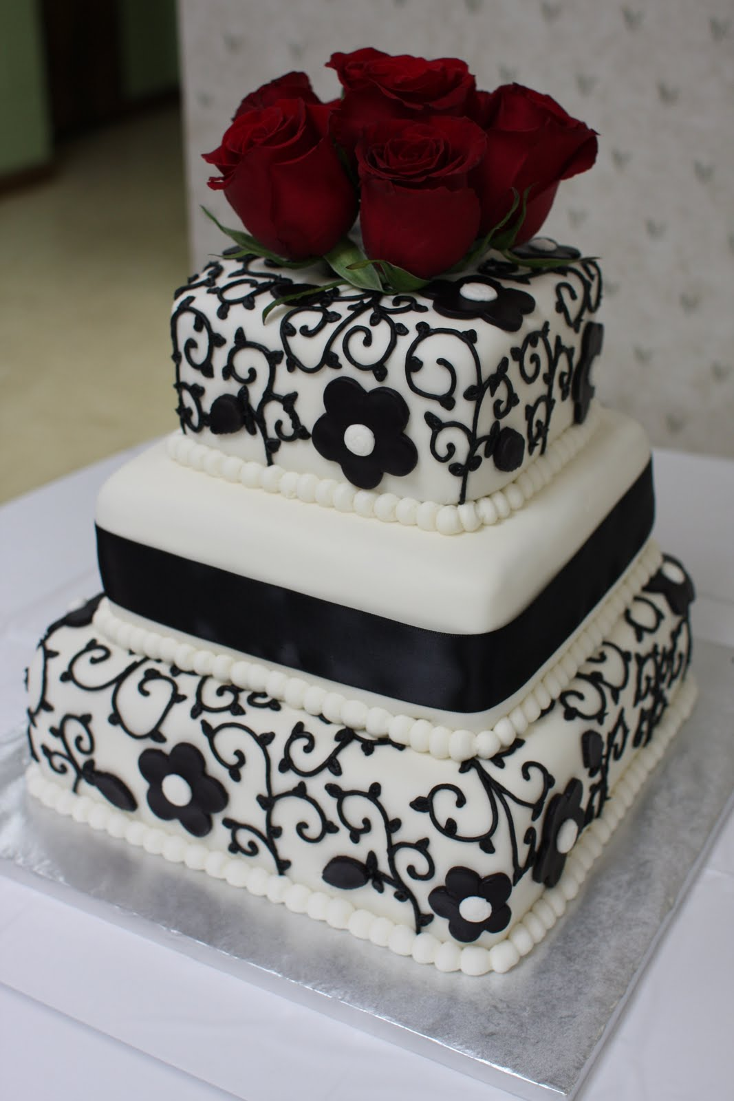 The Buttercream Bakery Black & White Wedding Cake
