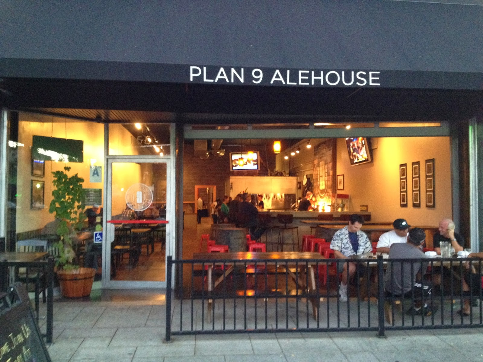 The Hop Daddy\'s Beer Blog: The Brewery Project: Plan 9 Alehouse