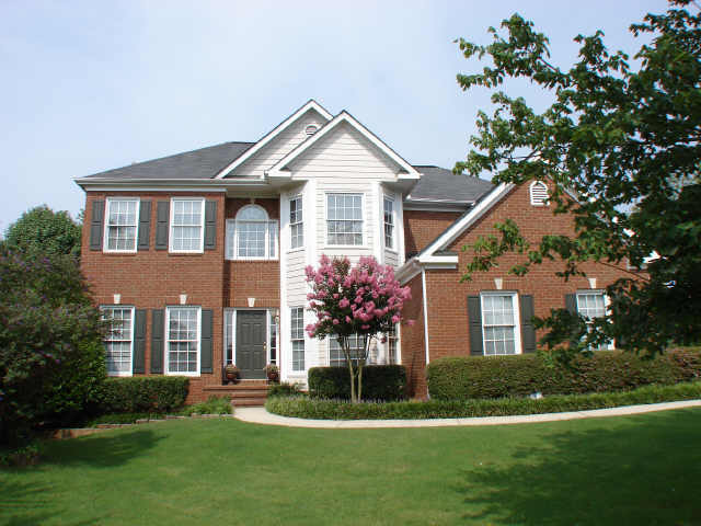 Brookwood lake forsyth county alpharetta homes of for Brookwood home builders