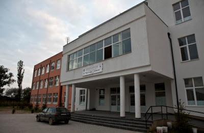 Shkolla e mesme Kuvendi i Arberit Ferizaj,kuvendi i arberit ferizaj