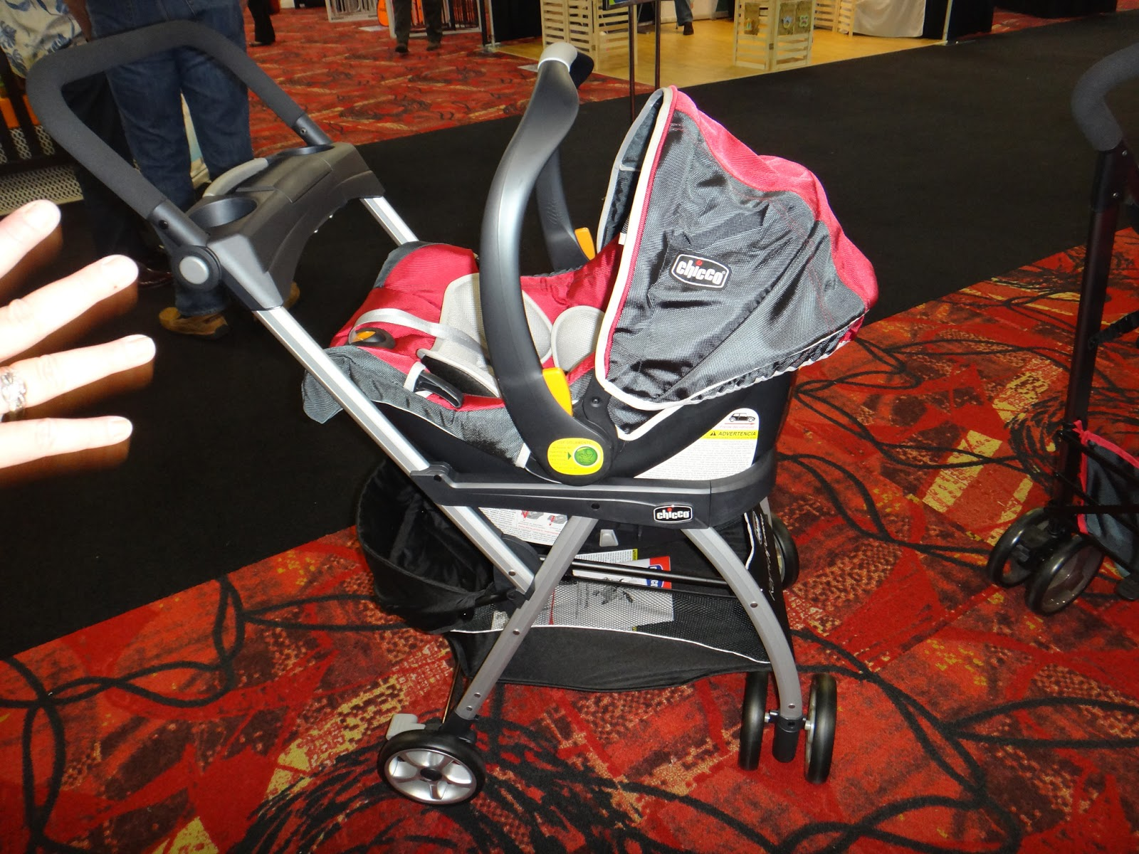 StrollerQueenReviews: Chicco NextFit Convertible Car Seat, Chicco ...