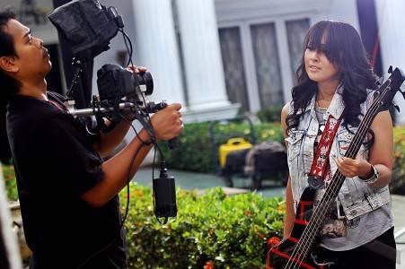 Foto Syuting Kotak Pembuatan Single Album