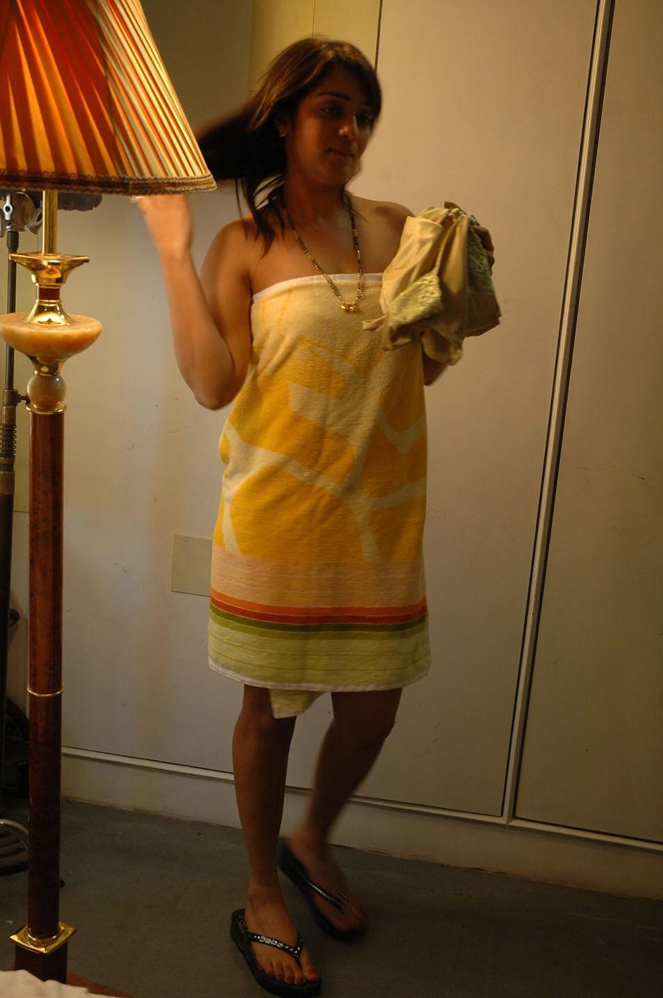 sexyvideos photos nikitha hot photos in towel south indian actress