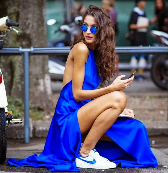 Street Style, long dress, vestidos longo, tênis feminino, moda, roupas feminina