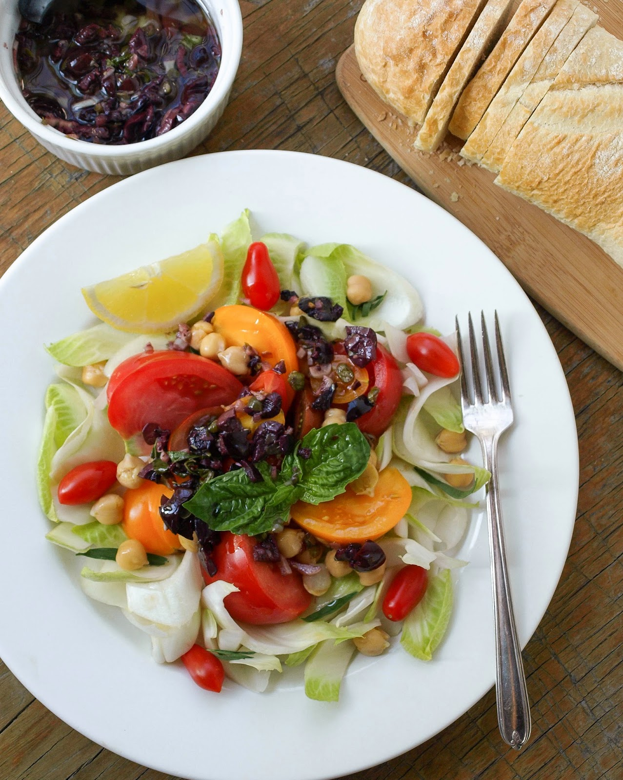 THE SIMPLE VEGANISTA: Heirloom Tomato Salad + Olive Bagna Cauda