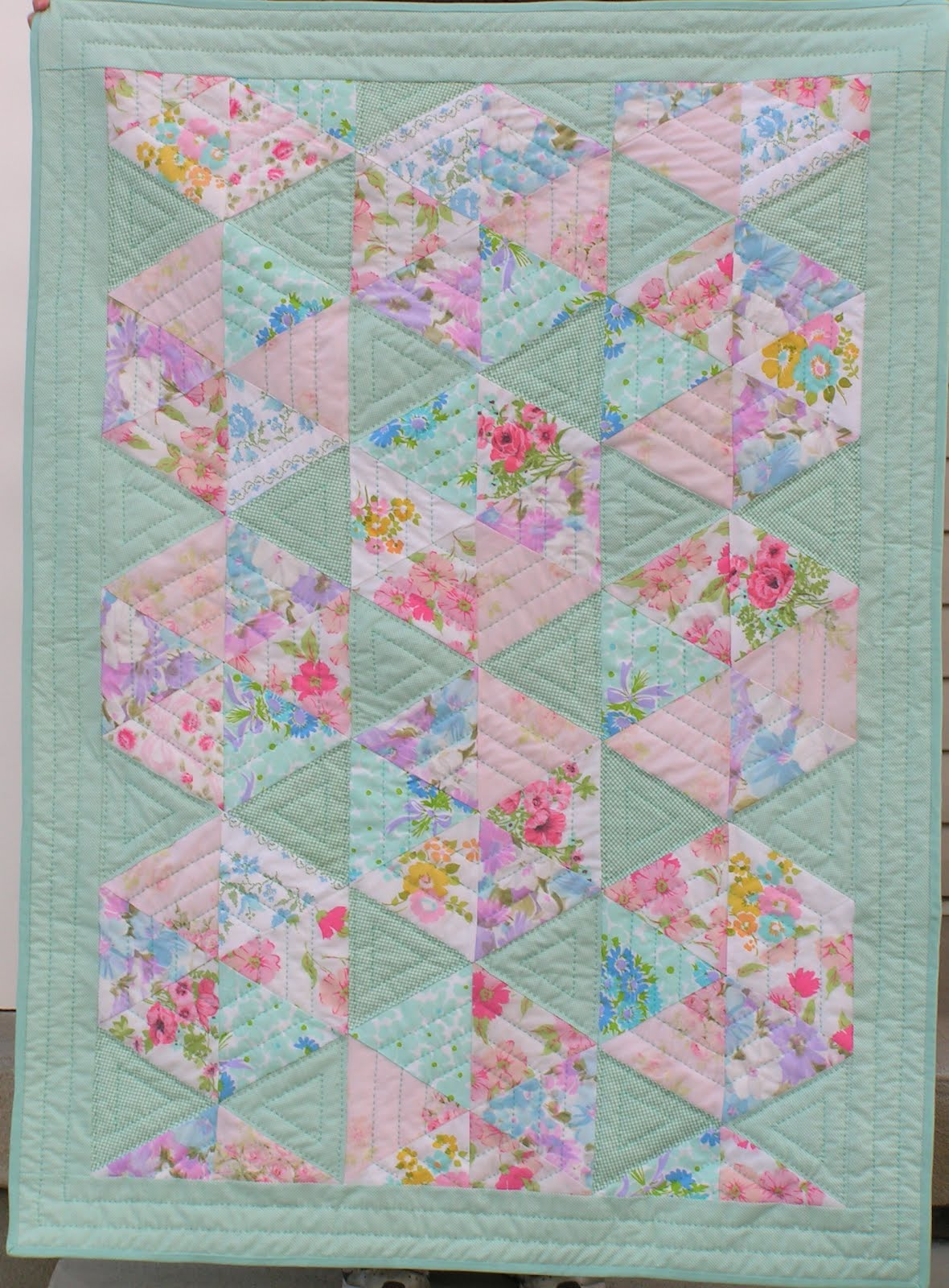 Tea Rose Home: Vintage Pillow Case Quilt Finished