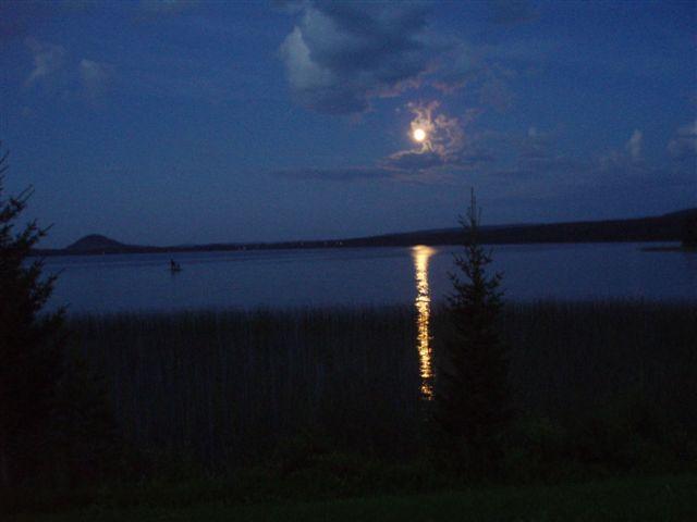Månsken över Storövsjön