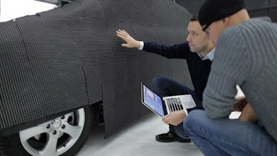 carro invisível por Mercedes