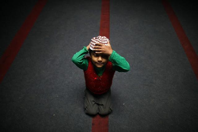 Membentuk idealisme Islam pada anak
