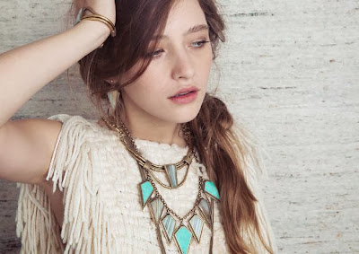 Decorate Your Look with Jewelry and Accessories