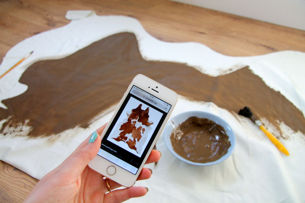 how to paint a diy cowhide rug