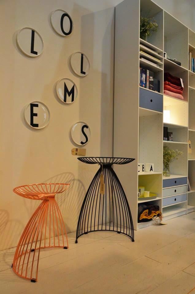 Skandinavisches Design auf der Mailänder Möbelmesse - Design Letters mit Arne Jacobsen Typographie