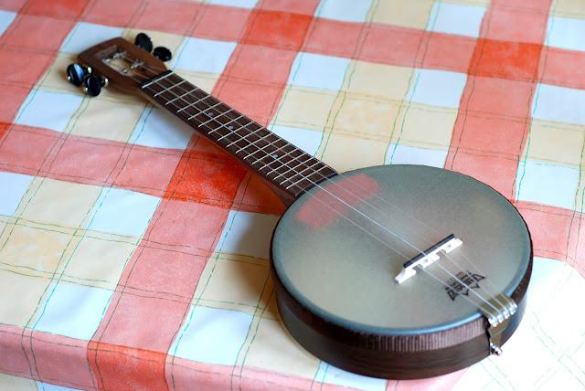firefly ukulele