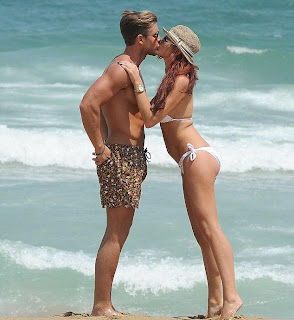 Amy Childs Bikini, Amy Childs Beach