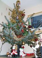 Christmas tree, Christmas cat